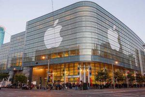 एप्पलले पुनः रच्दैछ इतिहास, बन्दैछ विश्वकै पहिलो २० खर्ब डलरको कम्पनी